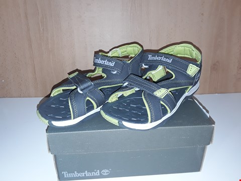 Lot 12727 BOXED TIMBERLAND MAD RIVER 2 STRAP GREY/GREEN VELCRO SANDALS UK SIZE 2.5