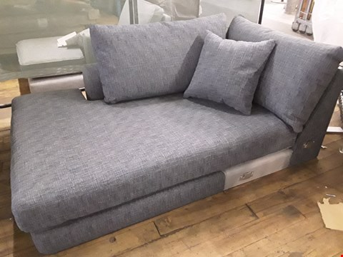 Lot 97 QUALITY DESIGNER BRITISH MADE PARKER DARK BLUE FABRIC CHAISE SECTION WITH SCATTER CUSHIONS