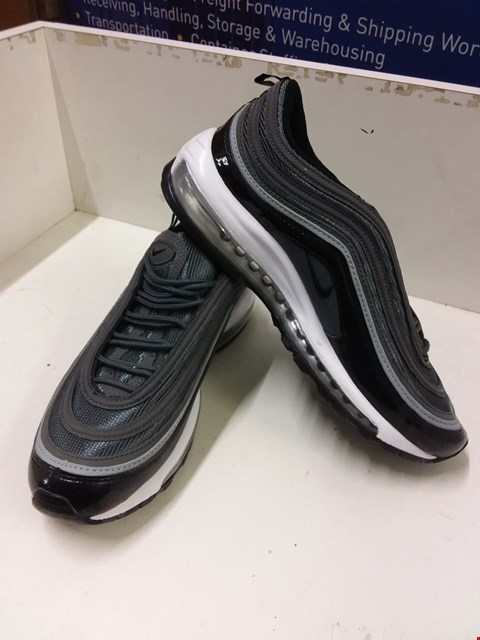 Lot 9034 BOXED NIKE AIR MAX '97 TRAINERS - GREY/BLACK SIZE 7