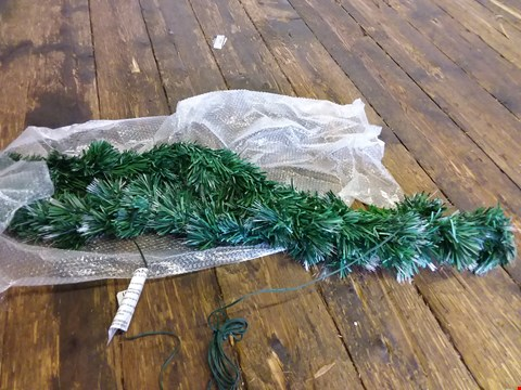 Lot 613 LOT OF 4 ITEMS TO INCLUDE 6FT CANNOCK TREE, FIBRE OPTIC BRANCH, PERSONALISED ENTWINED HEARTS ETC