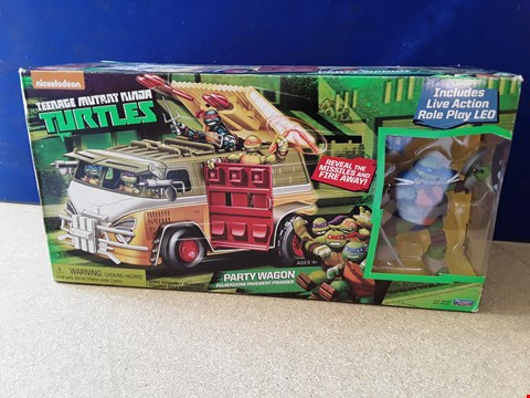 Lot 5085 BOXED TMNT PARTY WAGON