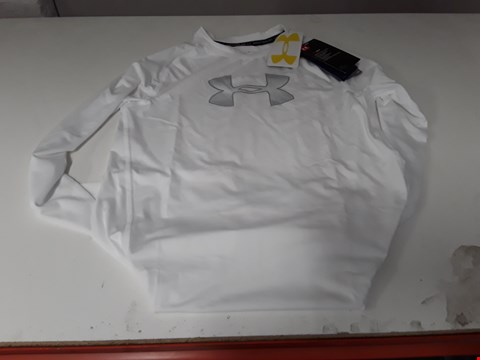 Lot 876 BRAND NEW UNDER ARMOUR BOYS HEAT GEAR WHITE EXERCISE JERSEY YLG