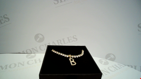 Lot 18071 DESIGNER GOLD TONE STONE ENCRUSTED NECKLACE WITH 'B' PENDANT