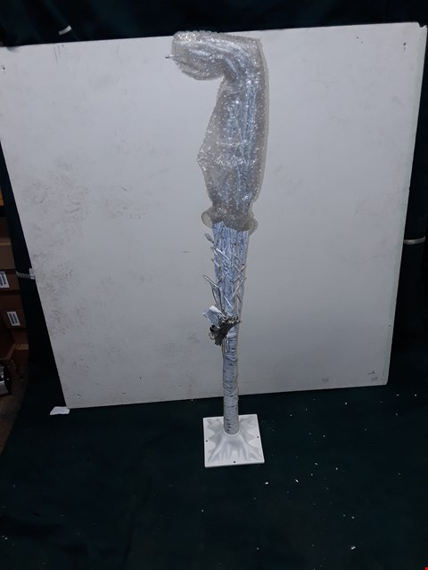 Lot 262 BOXED HOME REFLECTIONS 120CM SILVERBIRCH TREE LIGHT UP DECORATION