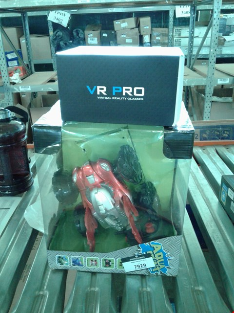 Lot 7929 LOT OF 2 ITEMS AQUA  STUNT R/C AMPHIBIOUS VEHICLE WITH VR PRO GLASSES