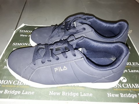 Lot 9043 FILA DESIGNER TRAINERS IN BLUE UK SIZE 8