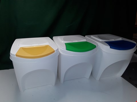 Lot 3 SET OF 3 PLASTIC RECYCLING TUBS