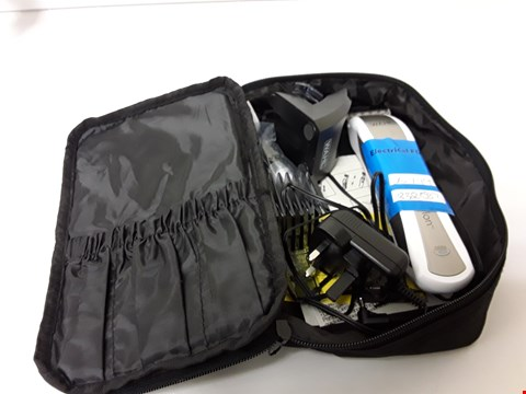 Lot 6266 WAHL SHAVER WITH BAG