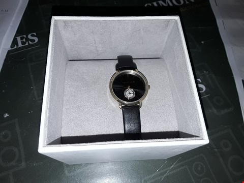 Lot 2012 MICHAEL KORS BLACK AND GOLD DETAIL CRYSTAL SET DIAL BLACK LEATHER STRAP LADIES WATCH