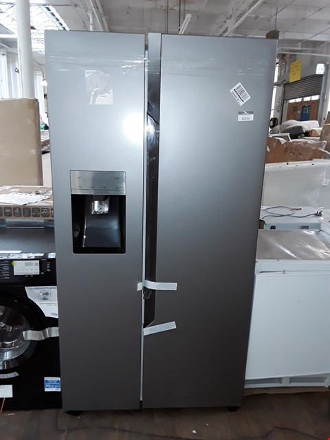 Lot 11011 HISENSE AMERICAN STYLE FRIDGE FREEZER- SILVER