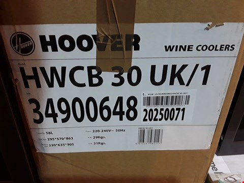 Lot 9081 BOXED HOOVER SINGLE ZONE WINE COOLER HWCN30 UK/1