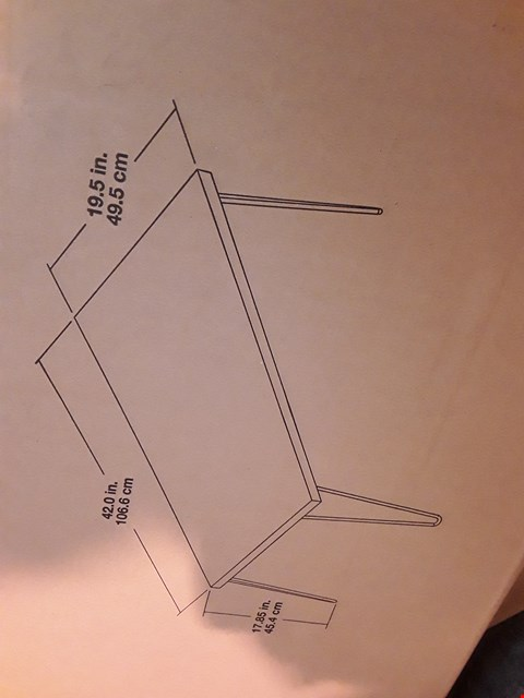 Lot 2122 BOXED GRADE 1 DINING TABLE