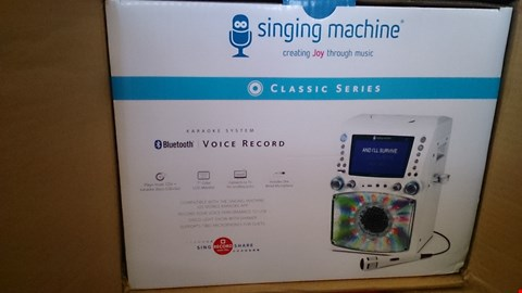 Lot 2405 THE SINGING MACHINE TVG785 WHITE. RRP £170.00