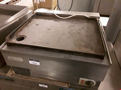 Lot 9103 LINCAT COMMERCIAL COOKING UNIT