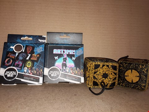 Lot 211 BRAND NEW BOXED READY PLAYER ONE 3D COASTERS, CARD COASTERS AND BRAND NEW HELLRAISER III FUZZY DICE