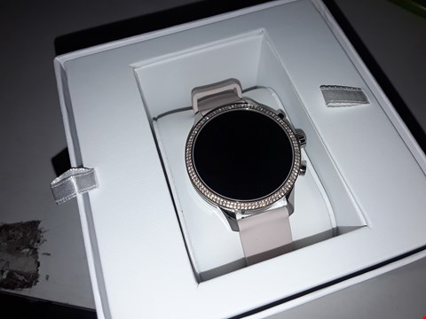 Lot 3072 MICHAEL KORS ACCESS FULL DISPLAY SMART WATCH  RRP £439.00