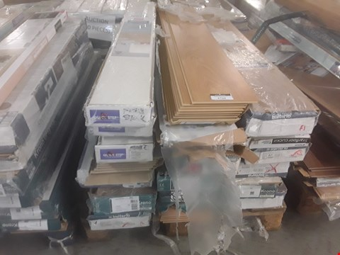 Lot 105 PALLET OF APPROXIMATELY 20 PACKS OF LAMINATE FLOORING