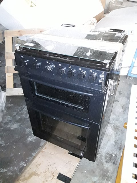 Lot 10058 SWAN SX15861B FREESTANDING GAS DOUBLE OVEN COOKER IN BLACK