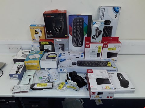 Lot 20 LOT OF APPROXIMATELY 30 ASSORTED TECH ITEMS AND ACCESSORIES TO INCLUDE ONN WIRELESS KEYBOARD, SONY HEADPHONES, NOW TV BOX, PANASONIC SHAVER