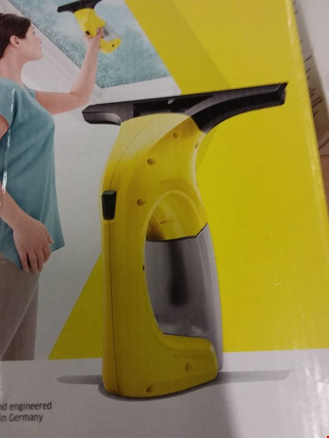 Lot 3464 KARCHER WINDOW VAC WV1