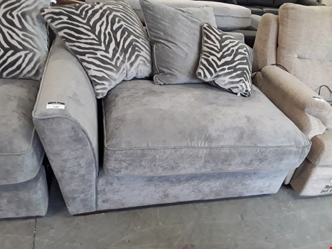 Lot 130 QUALITY BRITISH DESIGNER SILVER FABRIC SOFA SECTION