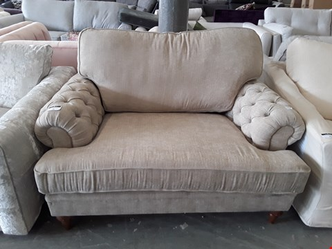 Lot 78 QUALITY BRITISH DESIGNER BISCUIT FABRIC BUTTON ARM SNUGGLE CHAIR