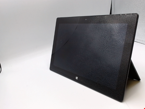 Lot 541 MICROSOFT SURFACE PRO 2 128GB TABLET
