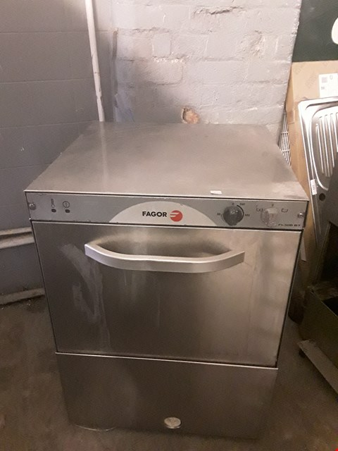 Lot 44 FAGOR FI-30B BT COMMERCIAL DISHWASHER