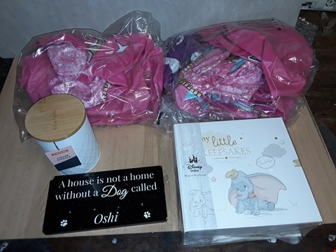 Lot 8329 LOT OF 5 ASSORTED HOMEWARE ITEMS TO INCLUDE KITCHEN 3-PIECE CANISTER SET LOL SURPRISE INFLATABLE CHAIRS AND DISNEY KEEPSAKE BOX