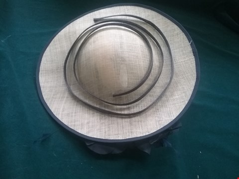 Lot 8597 BRAND NEW NIGEL RAYMENT IVORY AND NAVY HAT RRP £160.00