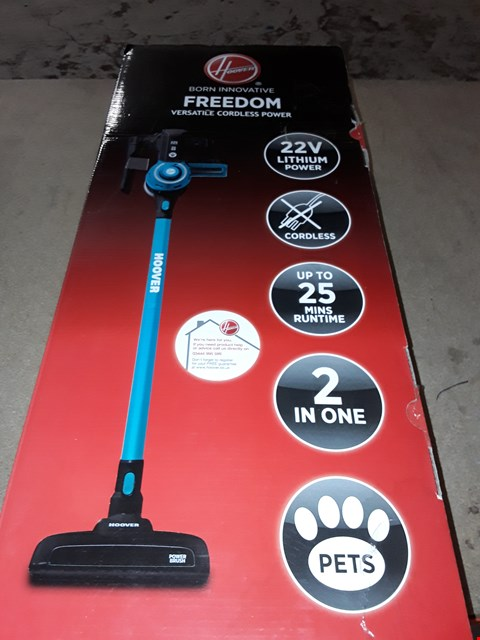Lot 10105 HOOVER FREEDOM 2-IN-1 PETS CORDLESS STICK VACUUM CLEANER