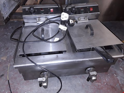 Lot 17 DOUBLE ELECTRIC COUNTER TOP FRYER