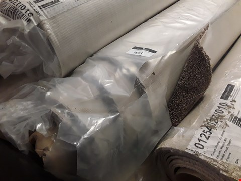 Lot 3011 SMALL ROLL OF BROWN CARPET (SIZE UNSPECIFIED)