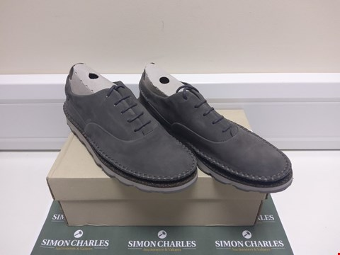 Lot 3006 BOXED PAIR OF DAMARA AVA SHOES SIZE 7.5