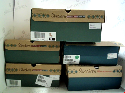Lot 3059 LOT OF APPROXIMATELY 5 ASSORTED PAIRS OF FOOTWEAR TO INCLUDE; SKECHERS MEMORY FOAM IN VARIOUS SIZES