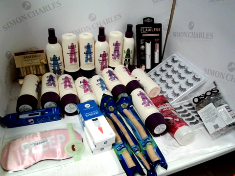 Lot 11040 LOT OF ASSORTED HEALTH & BEAUTY PRODUCTS TO INCLUDE: ASSORTED AUSSIE HAIR PRODUCTS, FINISHING TOUCH FACIAL HAIR REMOVER, NOSE & EAR HAIR TRIMMER, ASSORTED BATHROOM & MAKEUP PRODUCTS