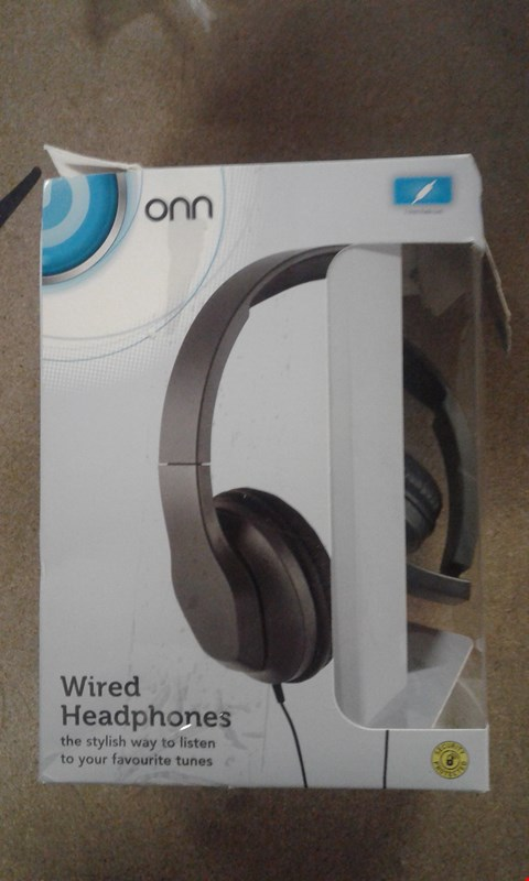 Lot 631 BOXED ONN WIRED HEADPHONES