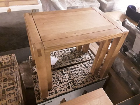 Lot 7029 BOXED HASTINGS OAK NEST OF TWO TABLES