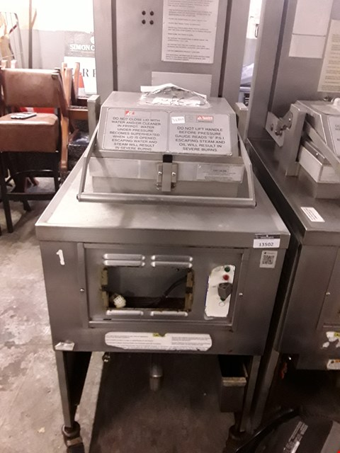 Lot 13502 COMMERCIAL STAINLESS STEEL HENNY PENNY FRYER