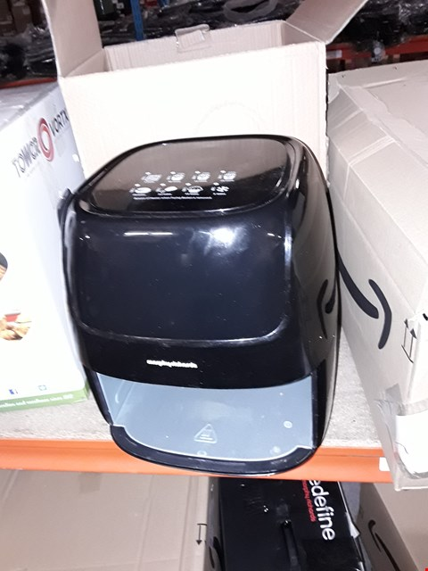 Lot 302 MORPHY RICHARDS HEALTH FRYER