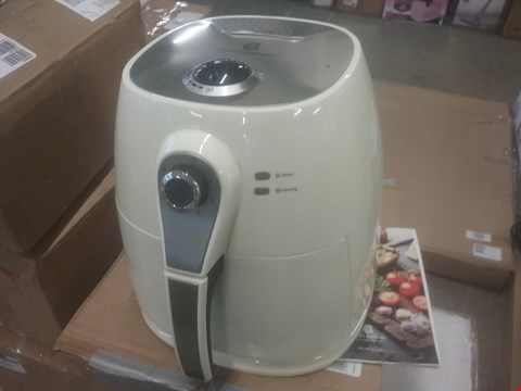 Lot 2084 COOK'S ESSENTIALS AIRFRYER