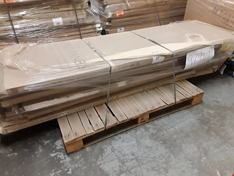 Lot 87 PALLET TALL END PANELS