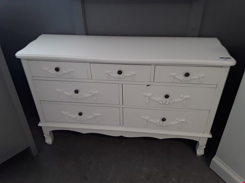 Lot 53 DESIGNER WHITE FINISH ORNATE STYLE 3 + 4 DRAWER CHEST