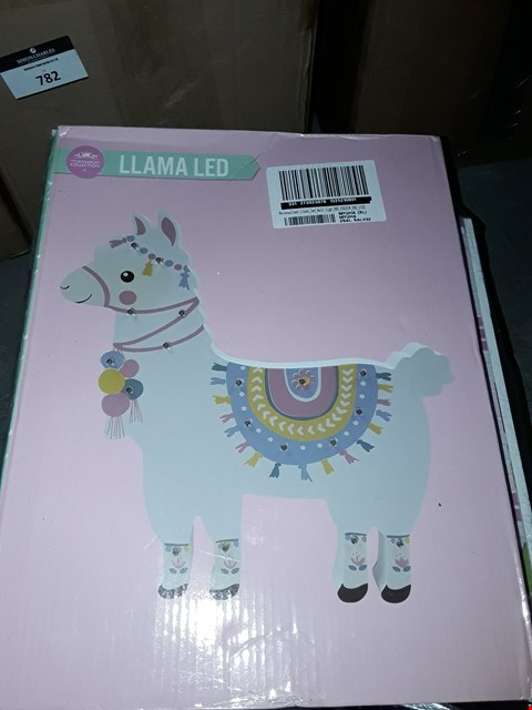 Lot 784 LOT OF 2 TO INCLUDE PLUM HOVE WOODEN DOLLS HOUSE, PERSONALISED LLAMA WALL LIGHT  RRP £50