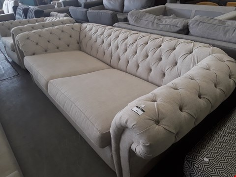 Lot 44 QUALITY BRITISH DESIGNER LANGHAM NATURAL FABRIC LARGE CHESTERFIEKD STYLE THREE SEATER SOFA & LOVE SEAT