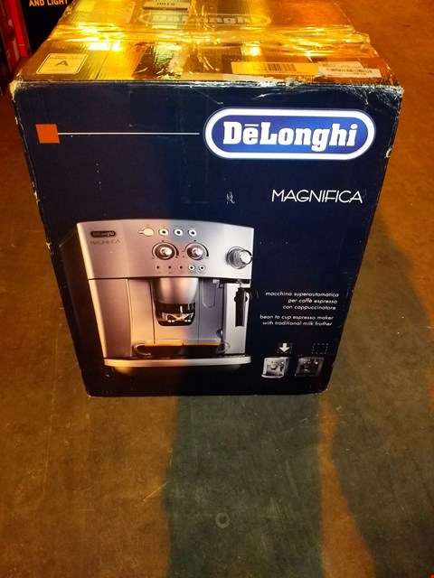 Lot 8100 DELONGHI MAGNIFICA BEAN TO CUP COFFEE MACHINE