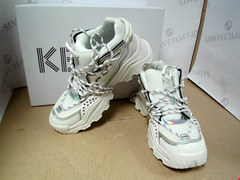 Lot 7135 KENZO INKA IRIDESCENT HIKER WHITE TRAINERS - SIZE 5 UK