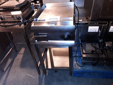 Lot 35 LINCAT GS4 GRIDDLE WITH STAND
