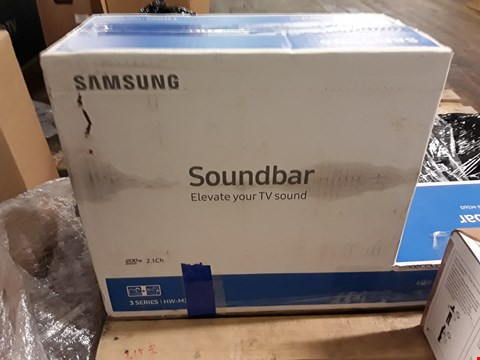 Lot 1033 SAMSUNG 21 INCH 200W SOUNDBAR RRP £249.99