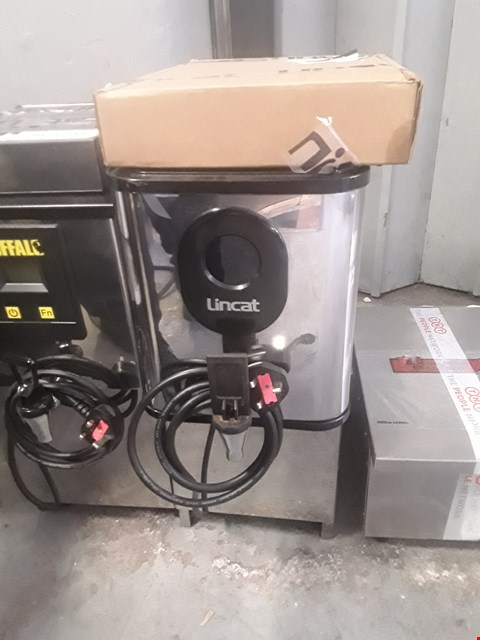 Lot 23 LINCAT EB3FX AUTOFILL WATER BOILER WITH FILTER RRP £615
